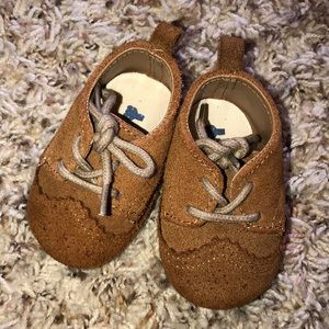 BabyGap Brown Suede Saddle Shoes Size 0-3 Months